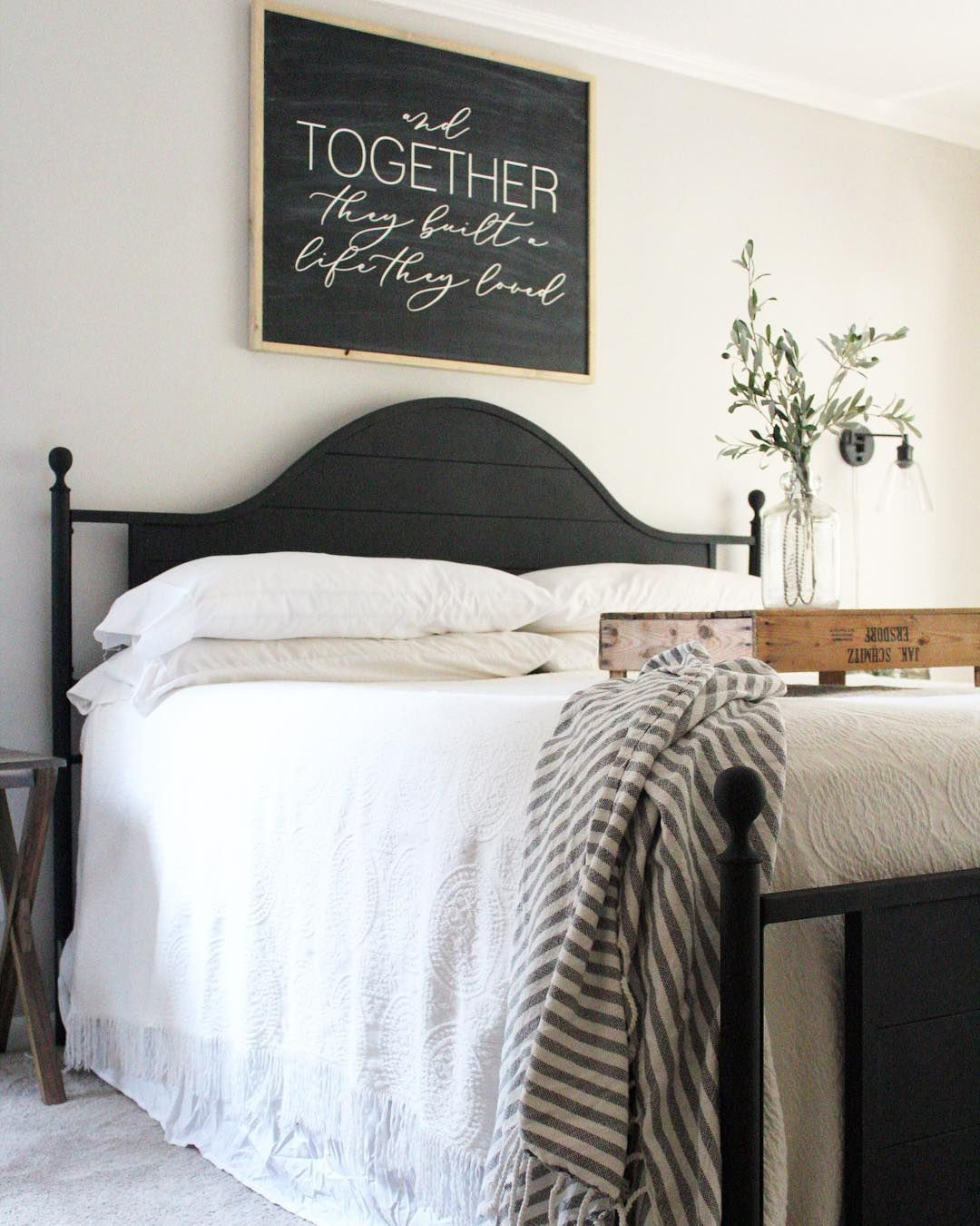 Pin by tracey kennington on farm house style in bedroom