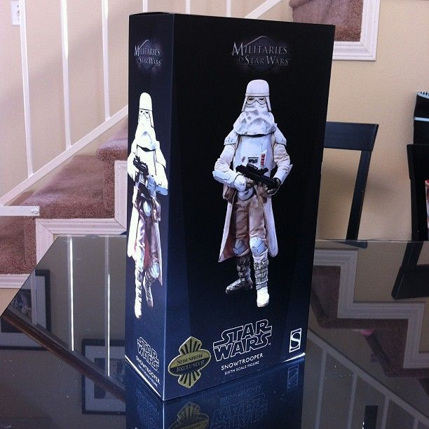#Toytrooper Double Feature: Militaries of Star Wars Snowtrooper 1:6 scale action figure by Sideshow Collectibles