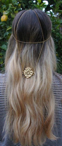 $32 1920s head jewelry FOR FESTIVALS- THIS SITE HAS MANY OPTIONS! https://www.etsy.com/listing/118312569/1920s-head-jewelry?