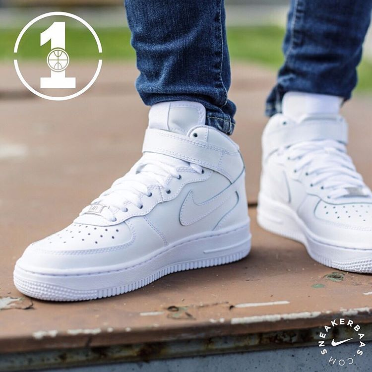 #nike #airforce #nikeairforce1 #airforce1mid  Nike Air Force 1 Mid - The legendary AF1 comes in the traditional white colorway. The upper is clothed in high-quality stitching and leather.  Now online available | Wmns Sizes 35.5 - 40 EU | Priced at 109.99 EU | Men Sizes 41 - 48.5 EU | Priced at 109.99