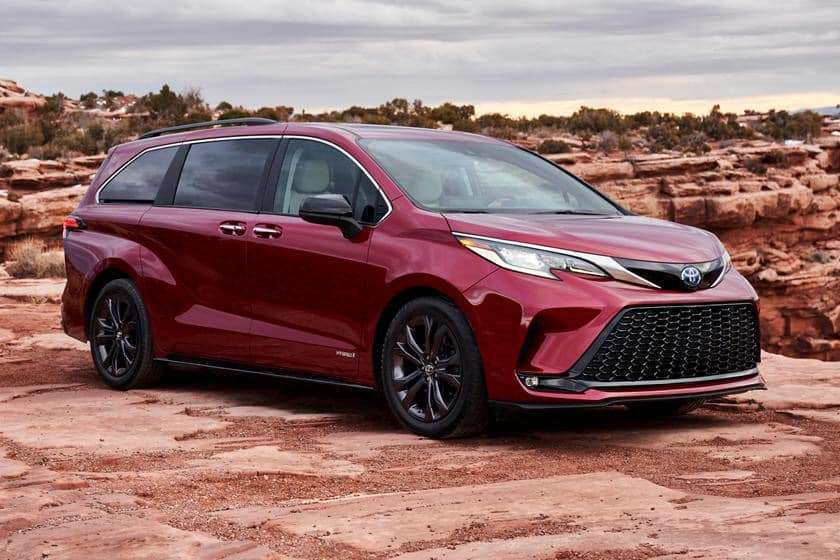 Price Of Toyota Sienna In Nigeria Sell At Ease Online Marketplace In 2020 Toyota Sienna Mini Van Toyota