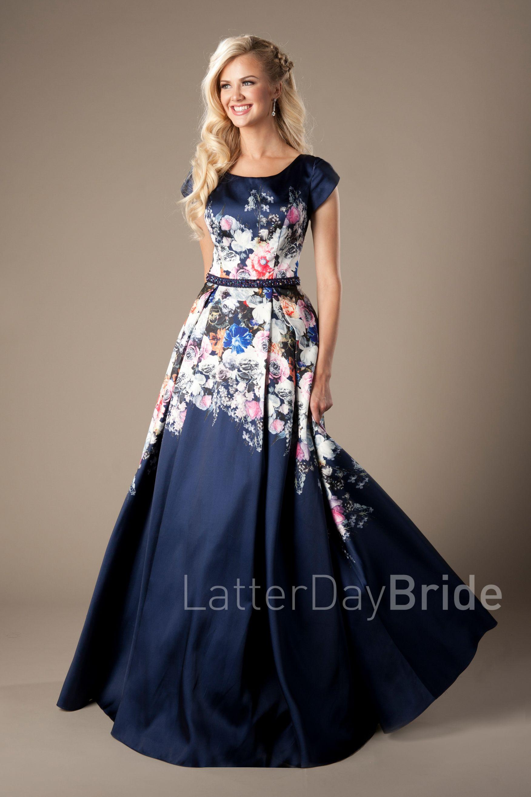 b4a5e2114c06 Dark blue floral modest dress | Modest fashion | Floral prom dresses ...