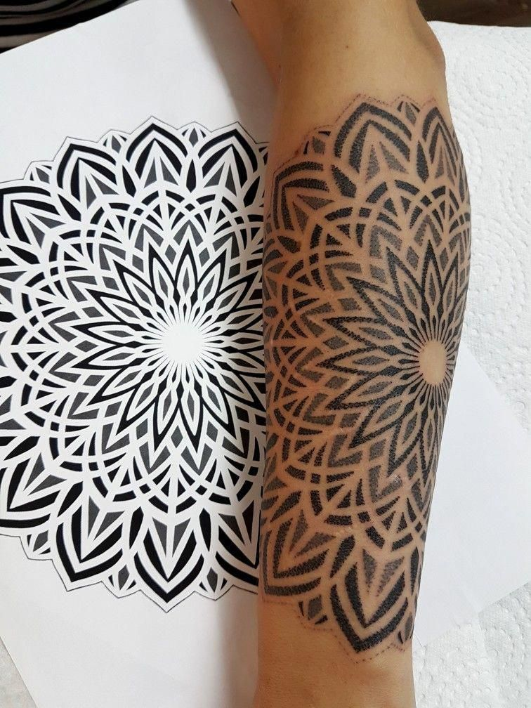 Mandala Dotwork Tattoo By Jakabtattoo Geometrytattoos With Images Sacred Geometric Tattoo Tattoos Geometric Tattoo