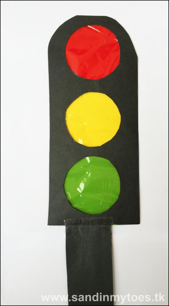 9d8273816bd6 Busy Hands: Traffic Light Craft | Kids' inhome activities | Light ...