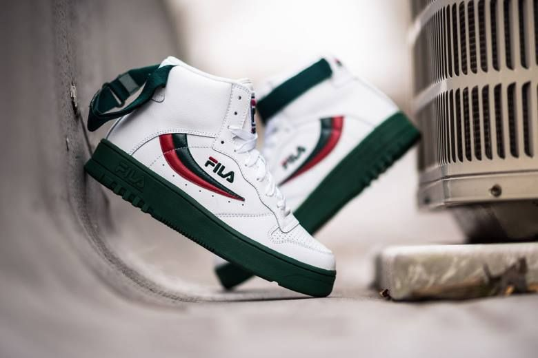 new style f6497 c37cc old school fila sneakers