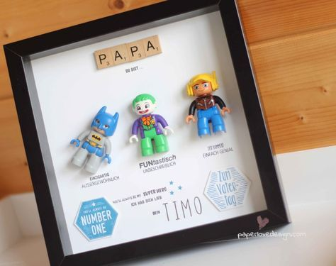 diy geschenk zum vatertag lego rahmen f r superheld papa. Black Bedroom Furniture Sets. Home Design Ideas