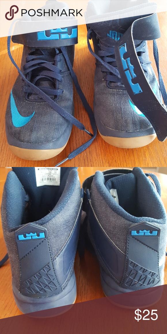 Boys size 7 youth Nike Boys Nike LeBron