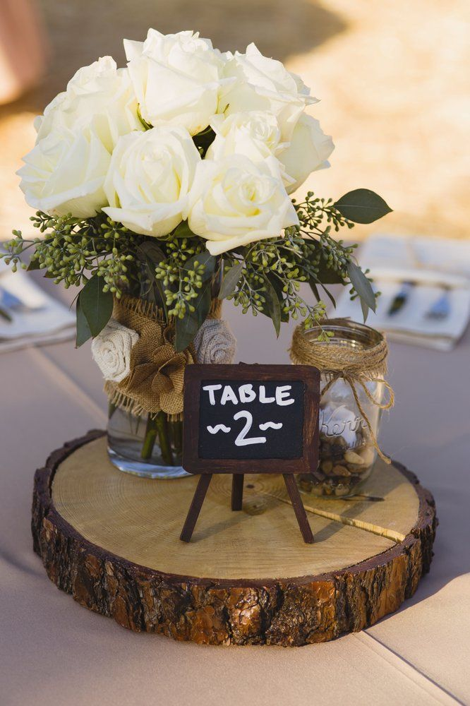 Matrimonio Rustico Yelp : Wood round centerpiece yelp crafty home decor table