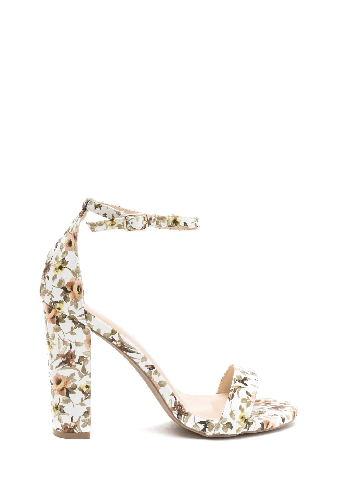 Pin de Karla Rico en zapatos en 2020 | Zapatos mujer