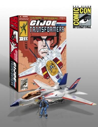 G.I. Joe Pursuit of Cobra SDCC 2011 San Diego ComicCon Exclusive 3 3/4 Inch Vehicle Skystriker Jet with Cobra Commander Starscream Repaint  Available only at the 2011 San Diego Comic Con.  Limited to ONE per PERSON.  ONE OF THE MOST LIMATED HASBRO ITEMS.  SOLD OUT!! SOLD OUT!! 2011 SDCC Comic Con EXCLUSIVE!! SOLD OUT!! 2011 SDCC Comic Con EXCLUSIVE!! AMAZING GI JOE TRANSFORMERS COMBO SOLD OUT!! 2011 SDCC Comic Con EXCLUSIVE!! SOLD OUT!! 2011 SDCC Comic Con EXCLUSIVE!! AMAZING GI JOE ..