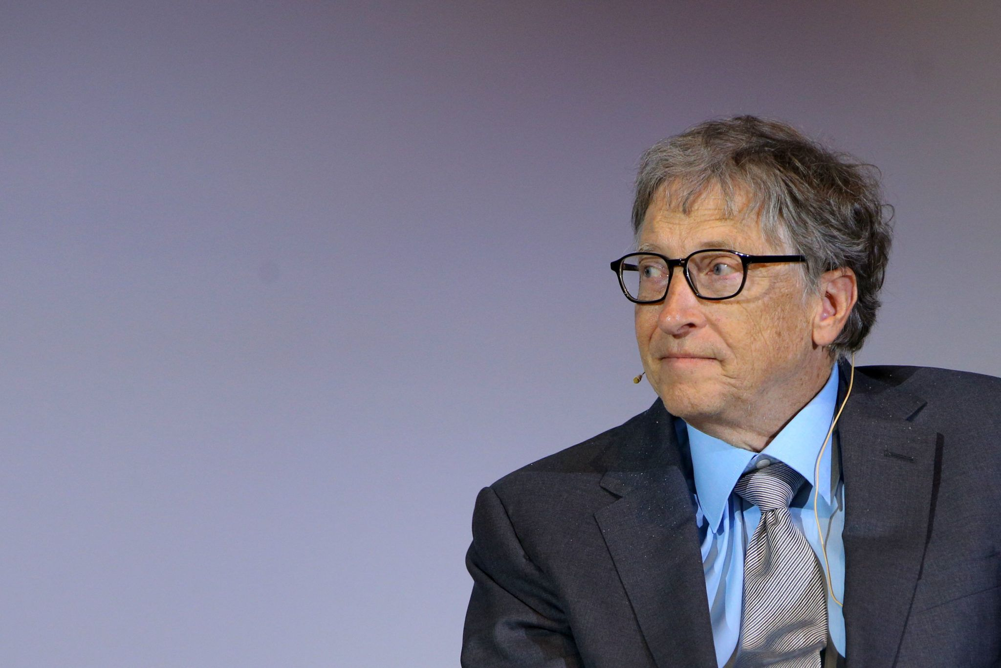 Here's Why Bill Gates Stopped Listening to Music and Watching TV in His 20s  | Listening to music, Bill gates, Music