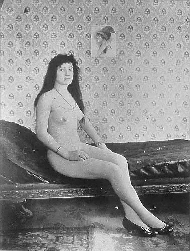 saloon-girl-naked