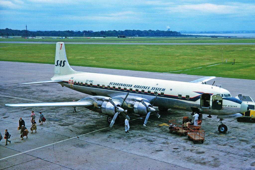 Oy Knc Douglas Dc 7c Seven Seas Sas Scandinavian Airlines Lpl 28jun64 Em 2020 Com Imagens Aviacao Aviao