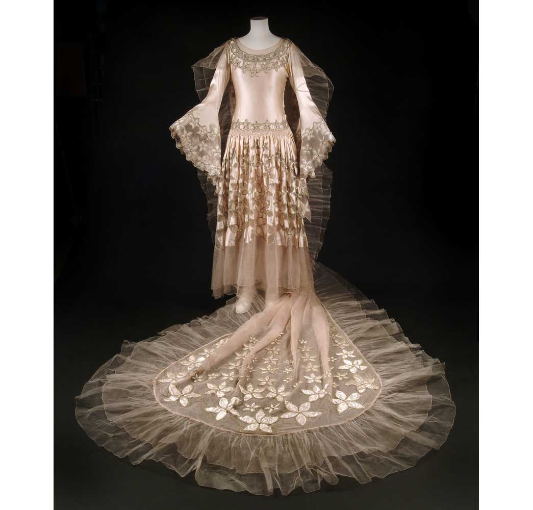 This spectacular dress was worn by Mrs Carl Bendix, later