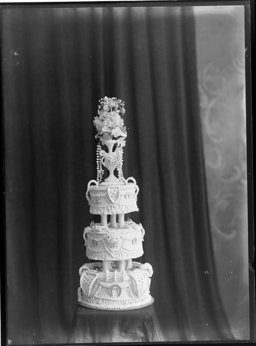 wedding cakes christchurch new zealand three tiered wedding cake with elaborate icing on sides 24073