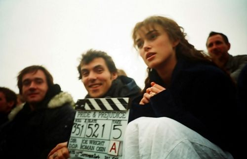 """""""This is a film about love. It was made by a group of people, all working together, who believed passionately in the story they were telling. Like a fairytale on an emotional level, Pride and prejudice is a true story and that´s why, like a fairytale is a story worth telling again and again through the generations"""".    (Joe Wright, Director)"""