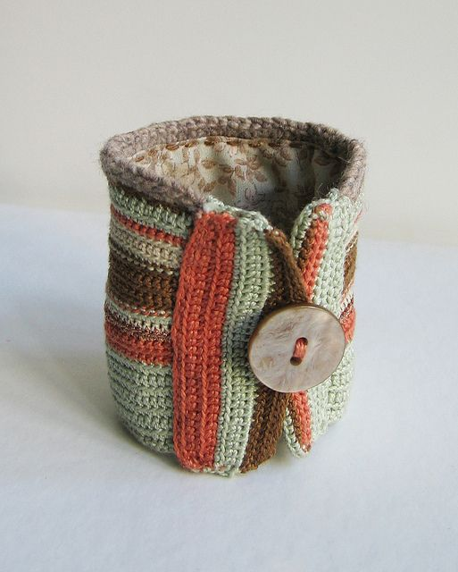 Striped crochet cuff in sand, pistachio and coral shades | Flickr - Fotosharing!