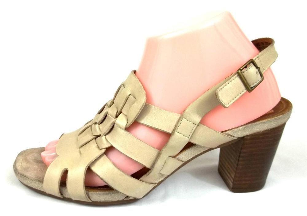 Clarks Artisan Slingback Heels Beige Leather Shoes Womens Size 9 M #Clarks #Slingbacks #everyday