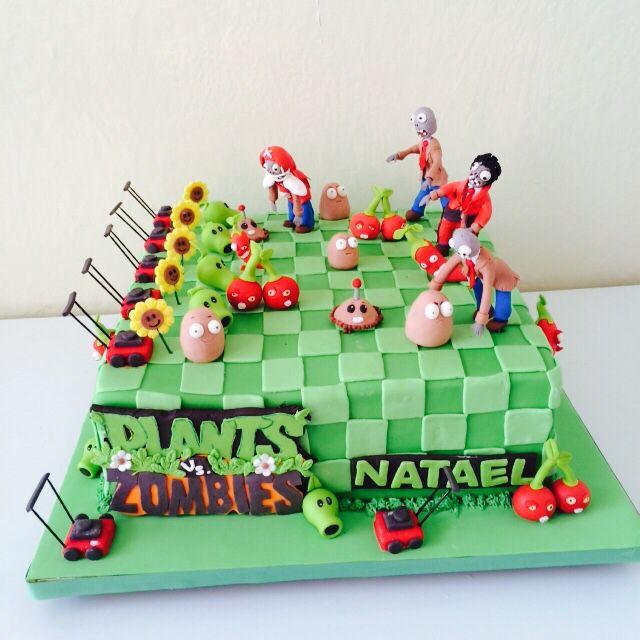 Zombies vs plantas cake. Búscanos en www.rincondulce.com