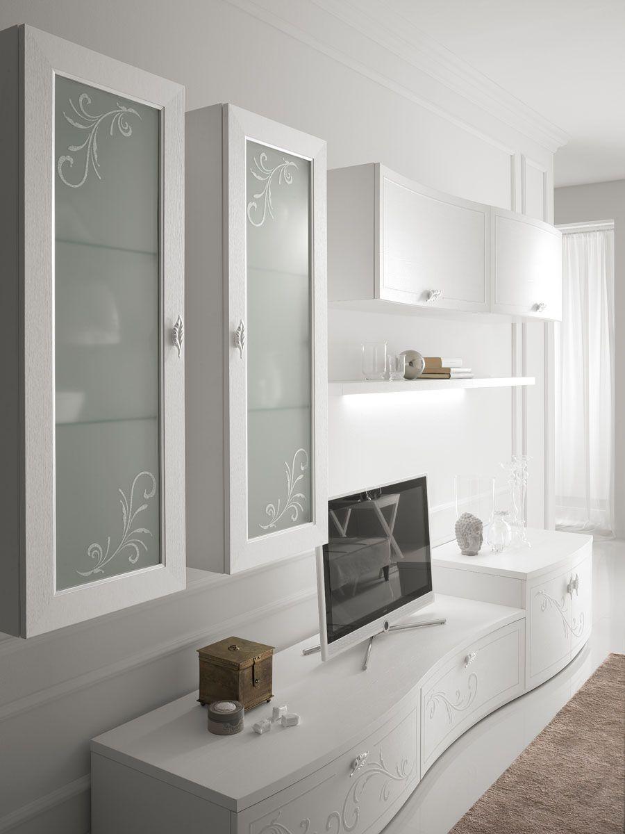 Dettaglio vetrine con decori floreali | Arredamento ...