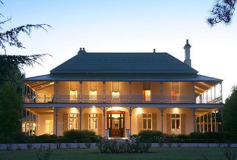 Nicole Kidman S Bunya Hill Farmhouse In Australia Celebrity Houses Georgian Mansion Celebrity Mansions