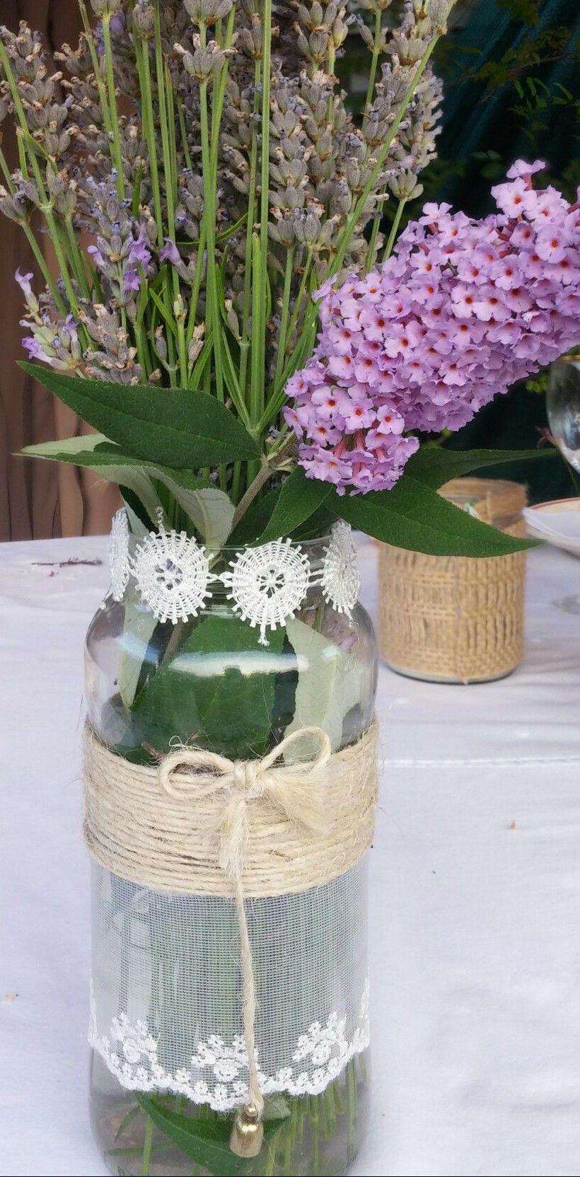 Frasco decorado especialmente para las mesas de las bodas.