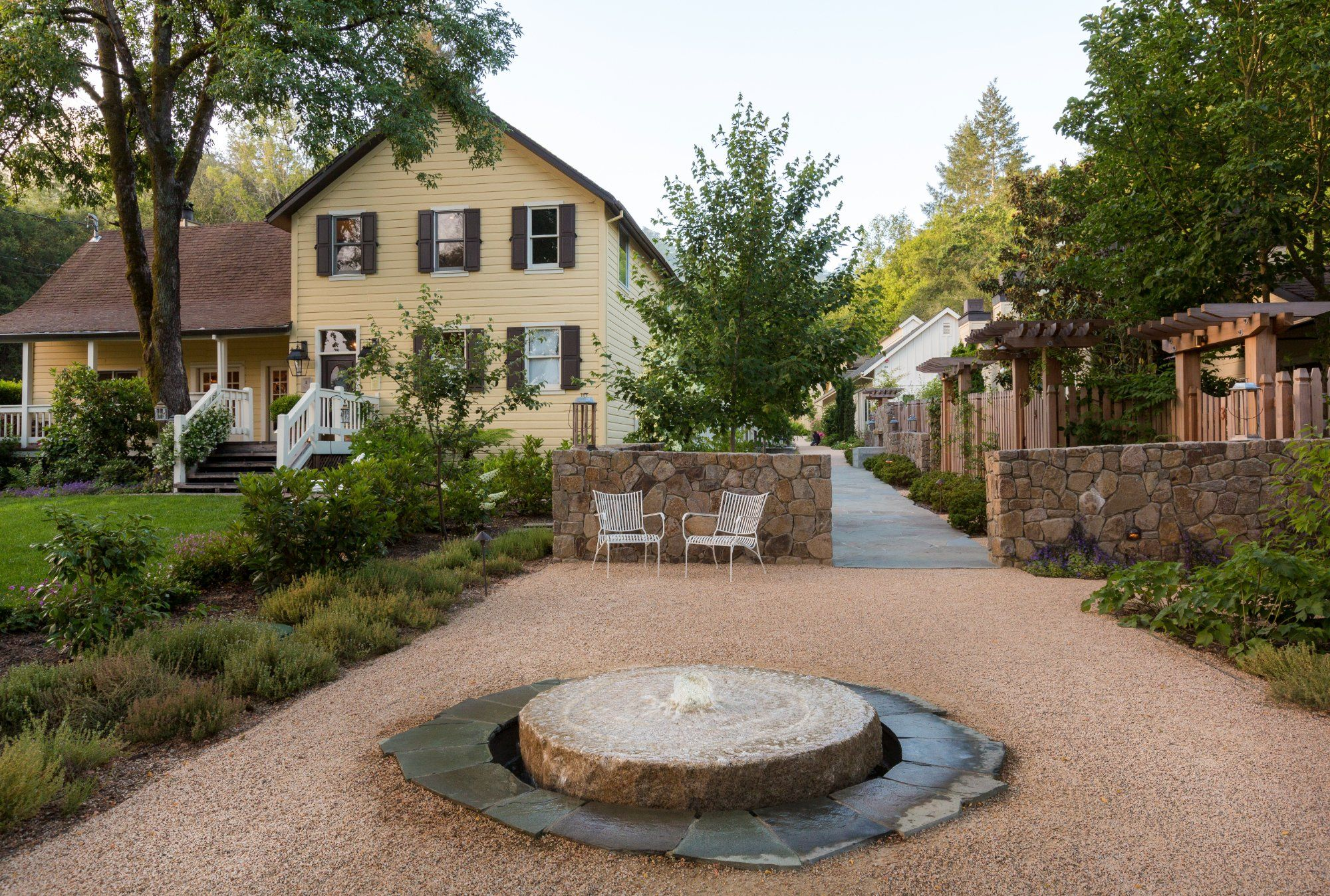 For One Of The Most Luxurious Yet Intimate And Special Luxury Hotels In Sonoma You Must Experience Farmhouse Inn This Boutique Hotel Is Located