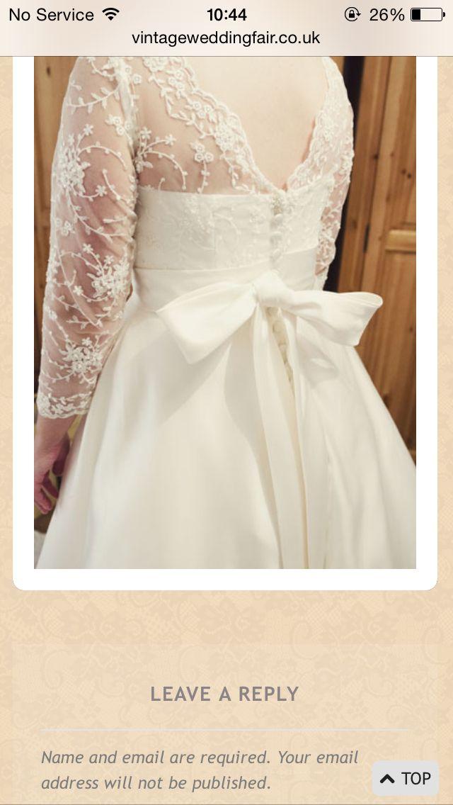 Vintage wedding dress love the bow!