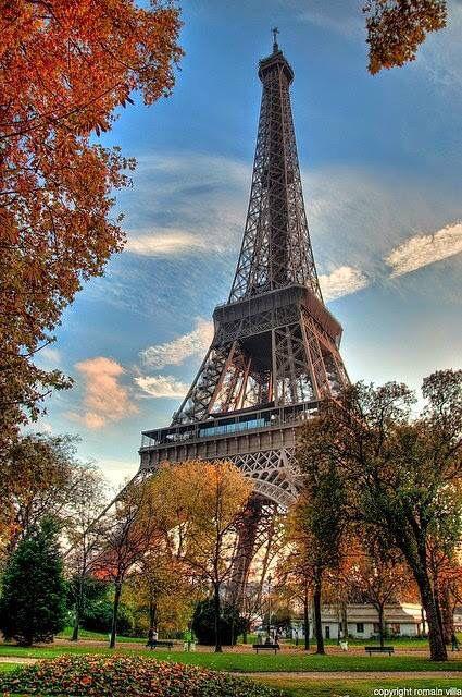 Paris con un bello otoño