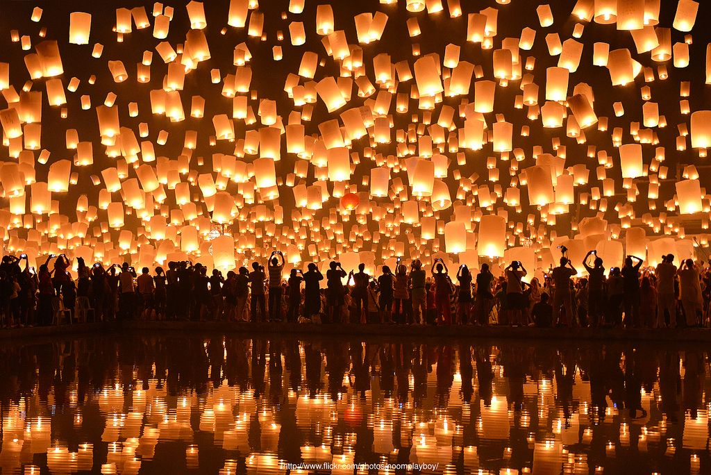 Chiang Mai, Thailand Yi Peng Festival - Wings Journal - Julia Jackson