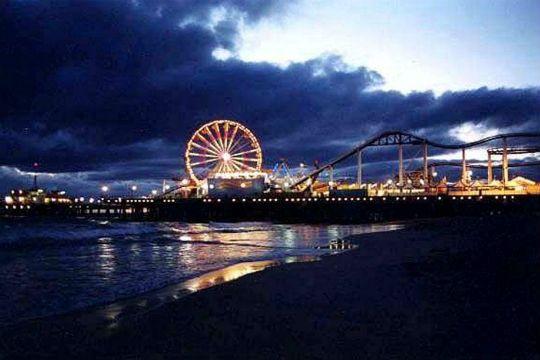 8 Non Touristy Restaurants Near The Santa Monica Pier California
