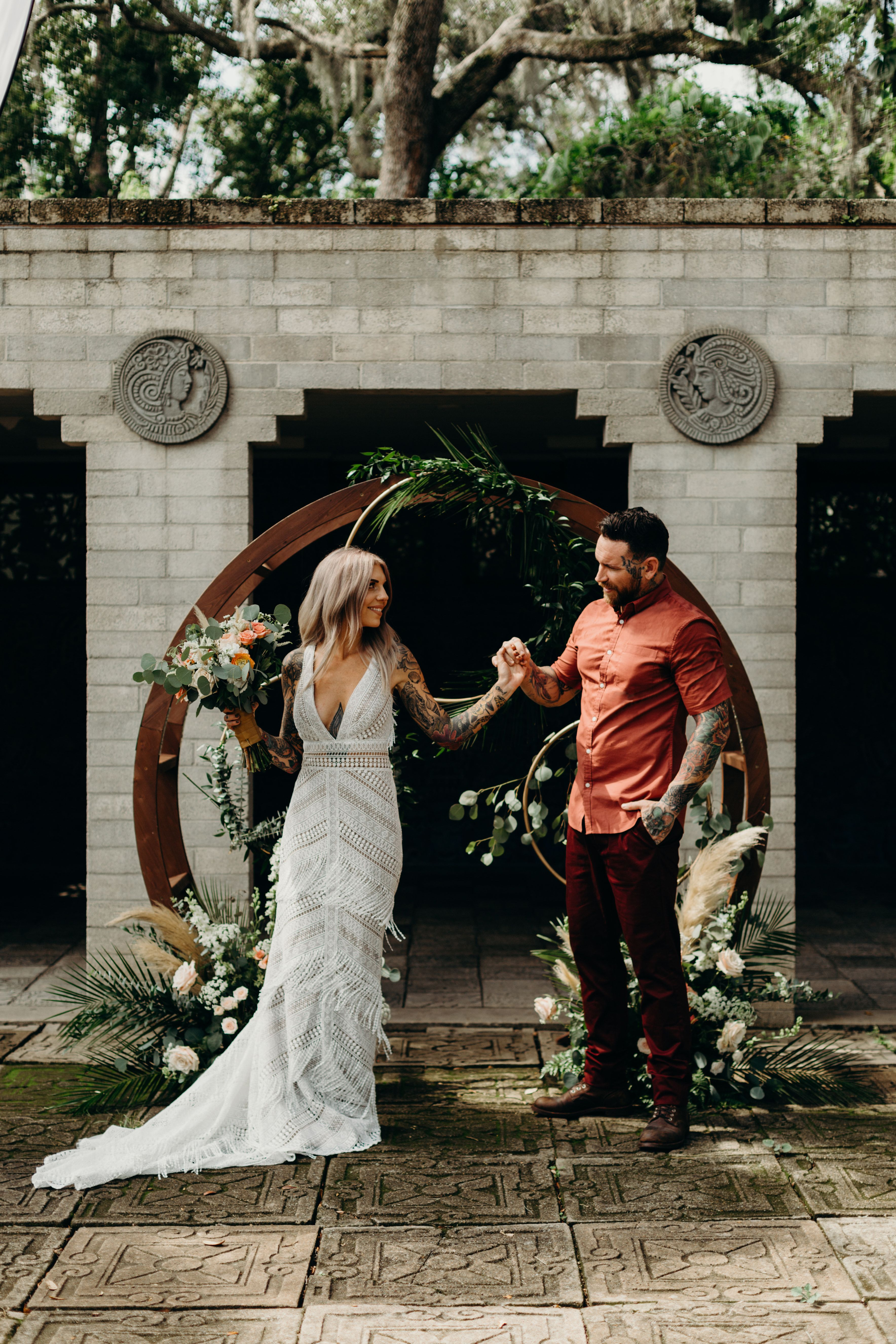 Infinity Arch Orlando Wedding And Party Rentals In 2020 Orlando Wedding Wedding Beautiful Backdrops