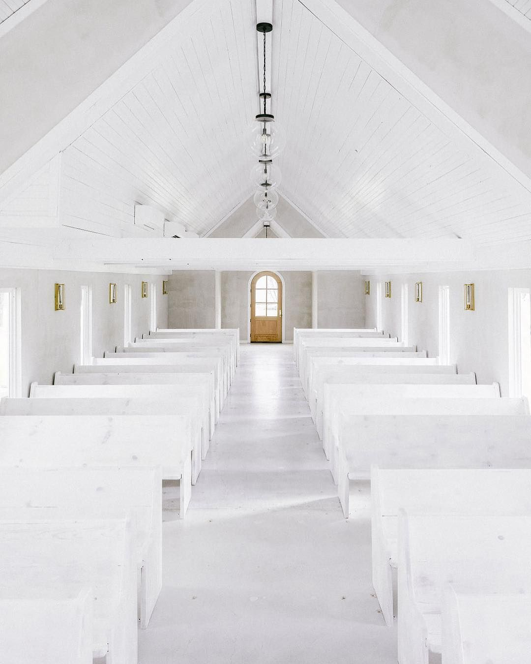 The Venue Report Names This Minimal Wedding Chapel One Of 2019 S