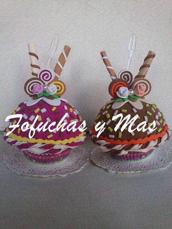 Cupcakes goma eva Pasteles Detalles comunin Fofuchas y Ms