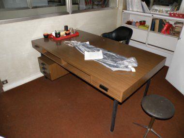 Beau bureau années 60 vintage formica mobilier 3615 design