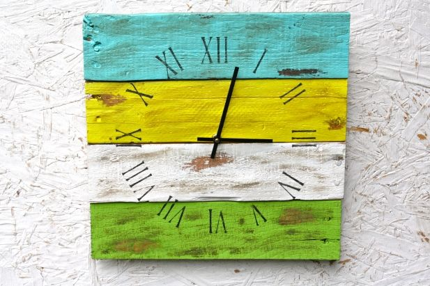 Spring House Clock made of reclaimed Pallet Wood. Bright clock. Green and yellow clock. Reclaimed Wood. Custom Order. Hot Colors. $50.00. Order here: http://aftcra.com/item/768 #handmade #madeinamerica #americanmade #reclaimedclock #reclaimedwood #customclock #BeachClock #RusticClock www.aftcra.com