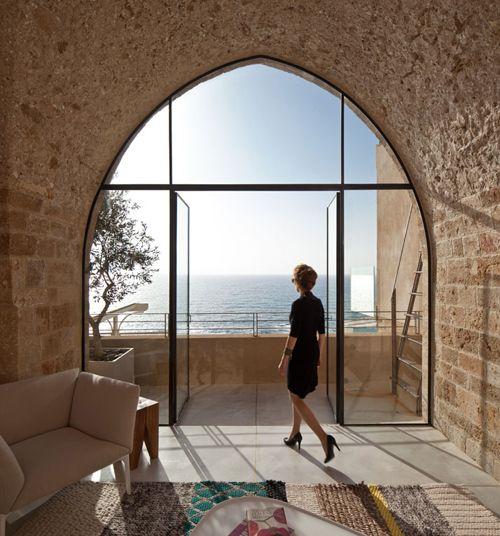 Splendide baie vitrée avec vue sur la mer porte grange Pinterest