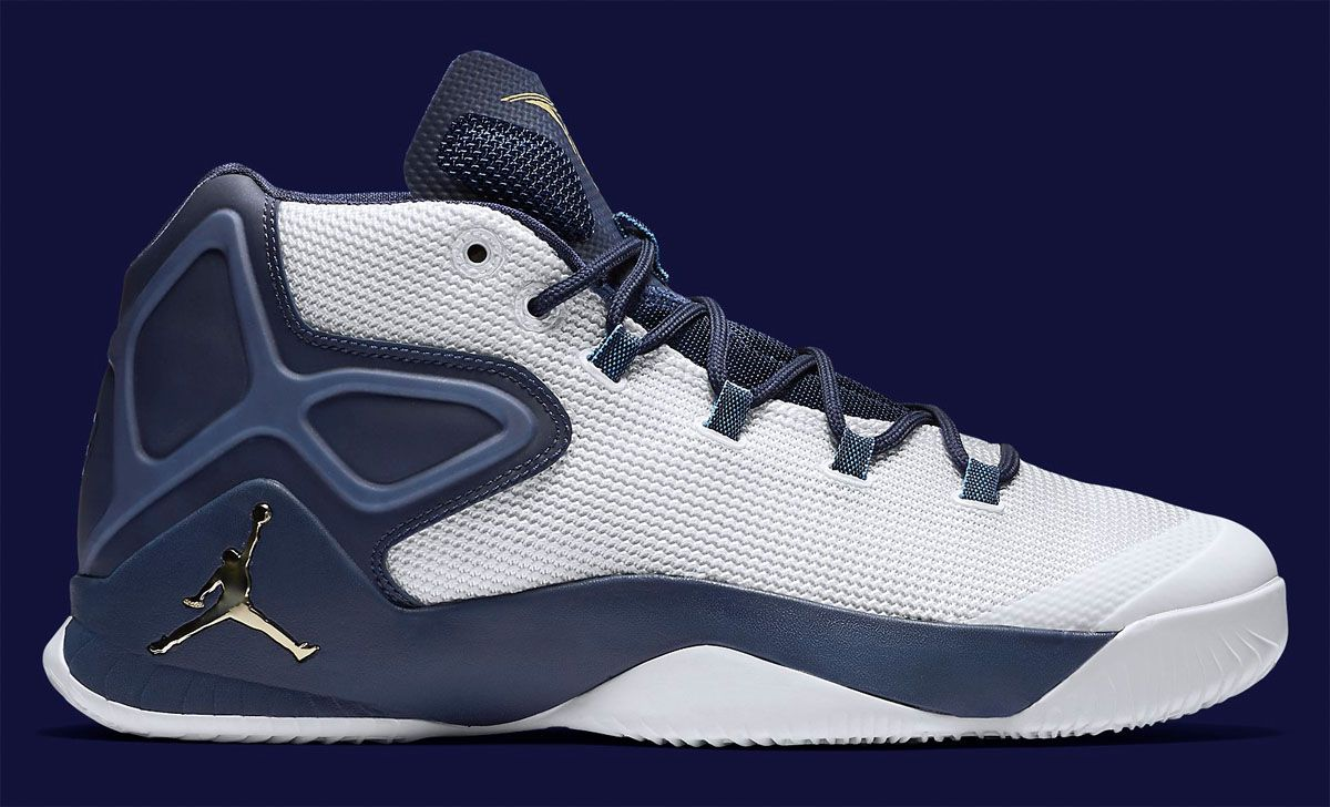 4fb6e9fac620 Nike Air Jordan Melo M12