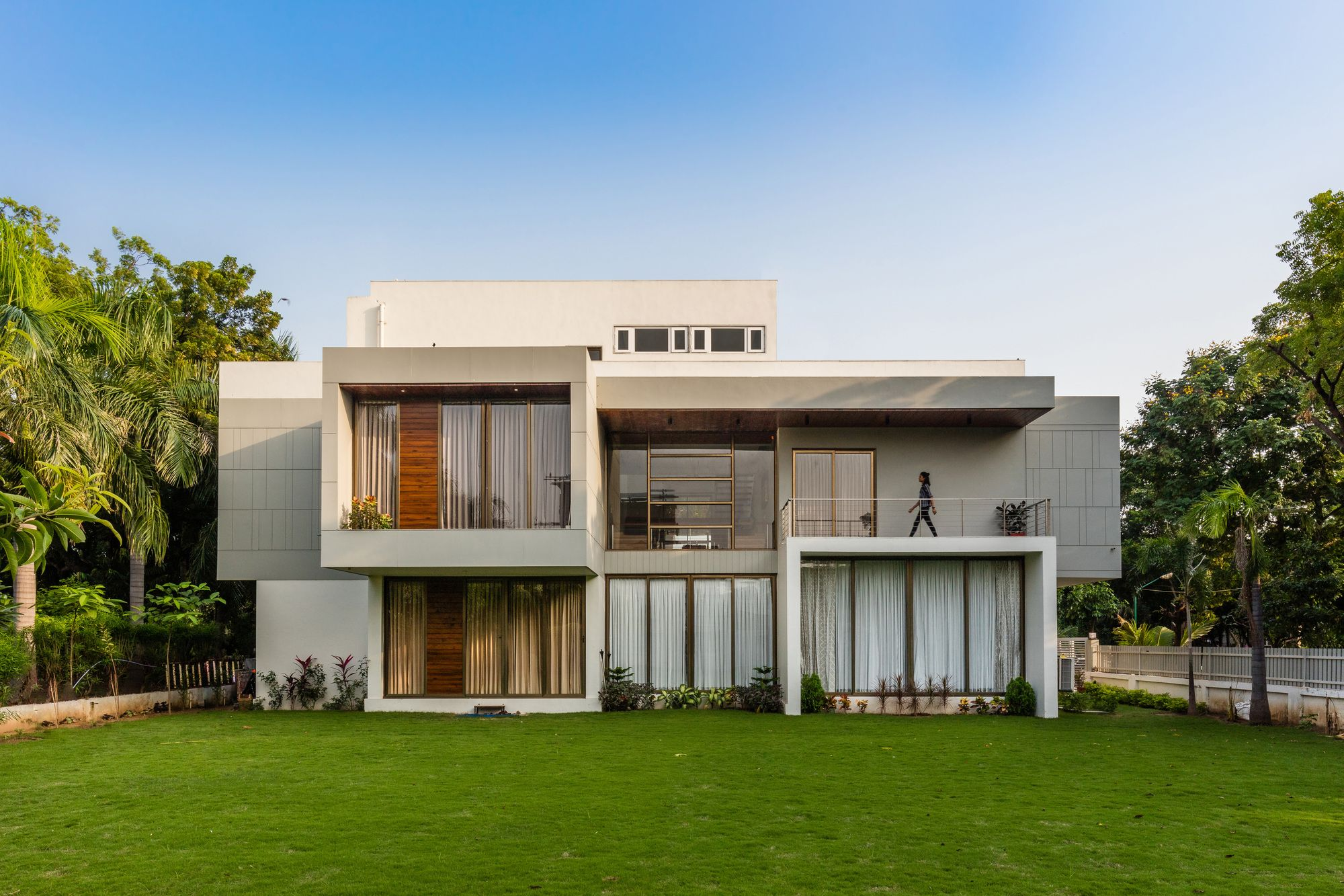 3f94b0fb728ec13364f063a1ff563387 - View Small House Design Archdaily Pictures