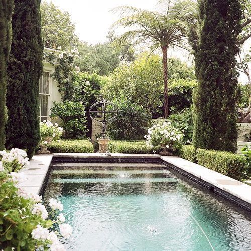 Swimming Pool With Beautiful Backyards And Garden Ideas Small Pool Design Backyard Pool Pool Landscaping
