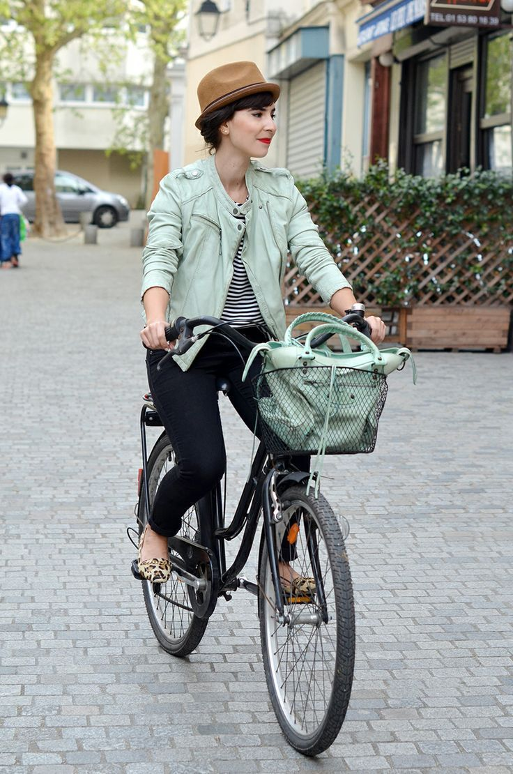 39 Fashion Girl-Approved Ways to Look Stylish WhileBiking recommend