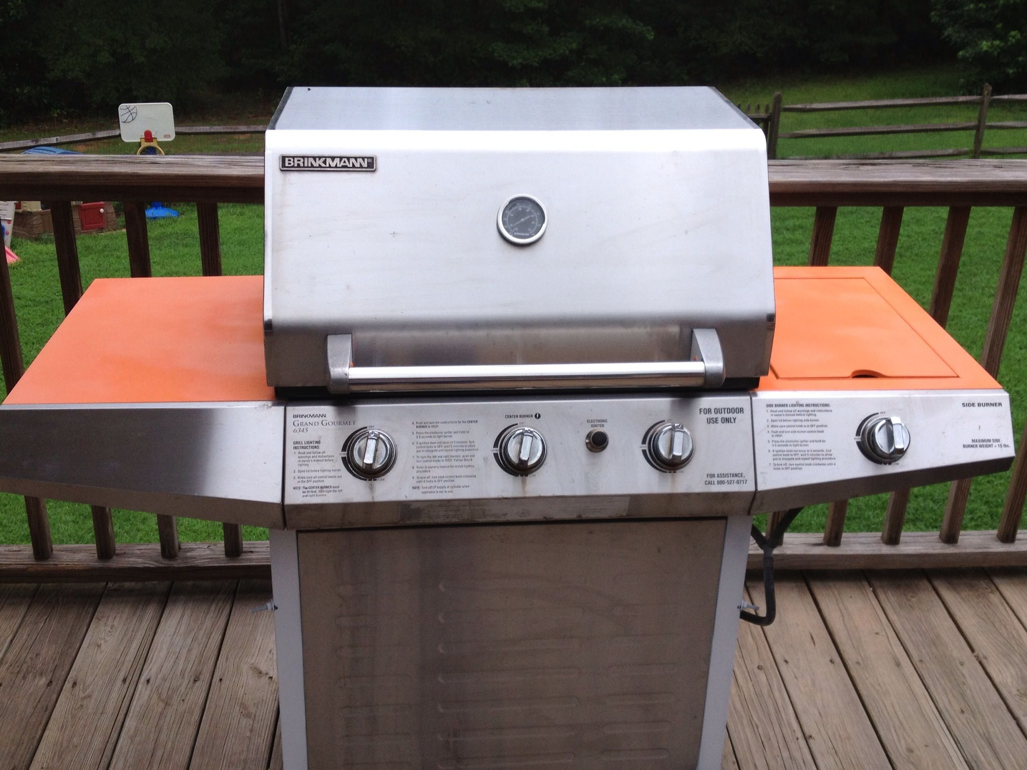 Refurbish a rusty grill with your favorite team colors. Go Clemson Tigers!!!!!