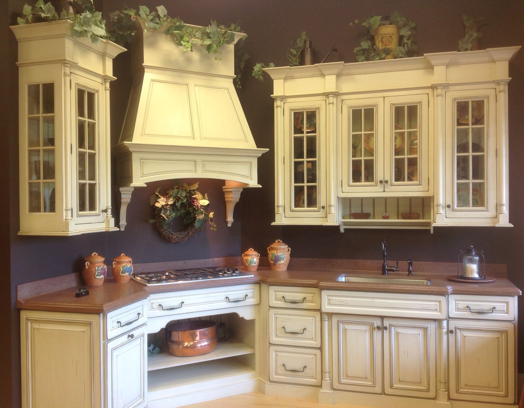 Custom Grabill Kitchen Dyer S Cabinet Shop Is Having A Display Sale This Maplewood Custom Distressed Traditional Doorstyle New Homes Home Kitchen Cabinetry
