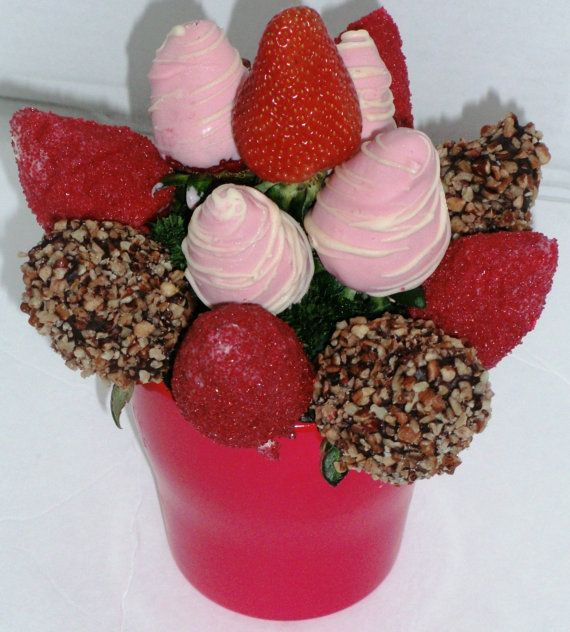 valentines day chocolate covered strawberry arrangement-roses, Ideas
