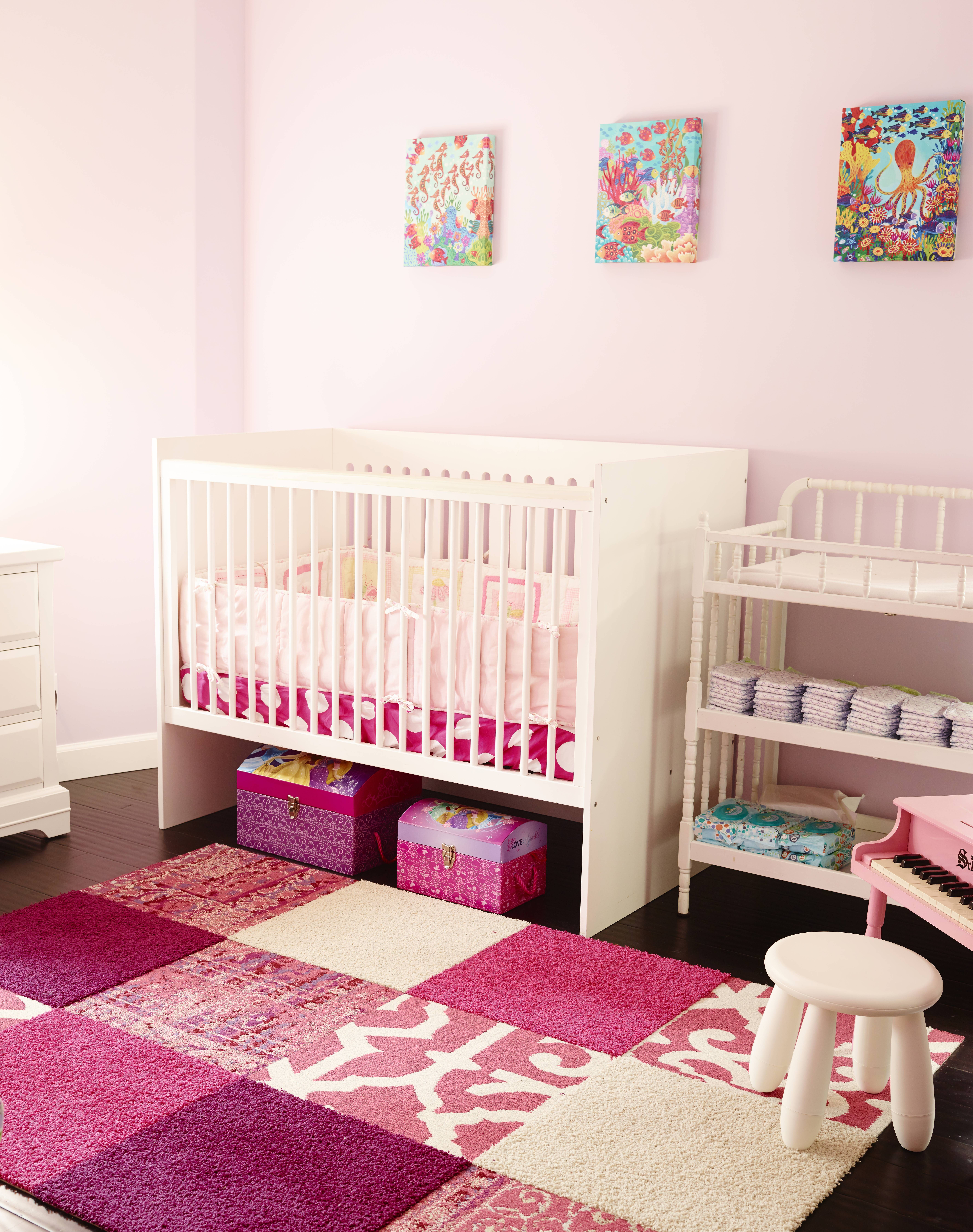 Baby nursery with FLOR carpet tiles for ecobungalowla by Robin