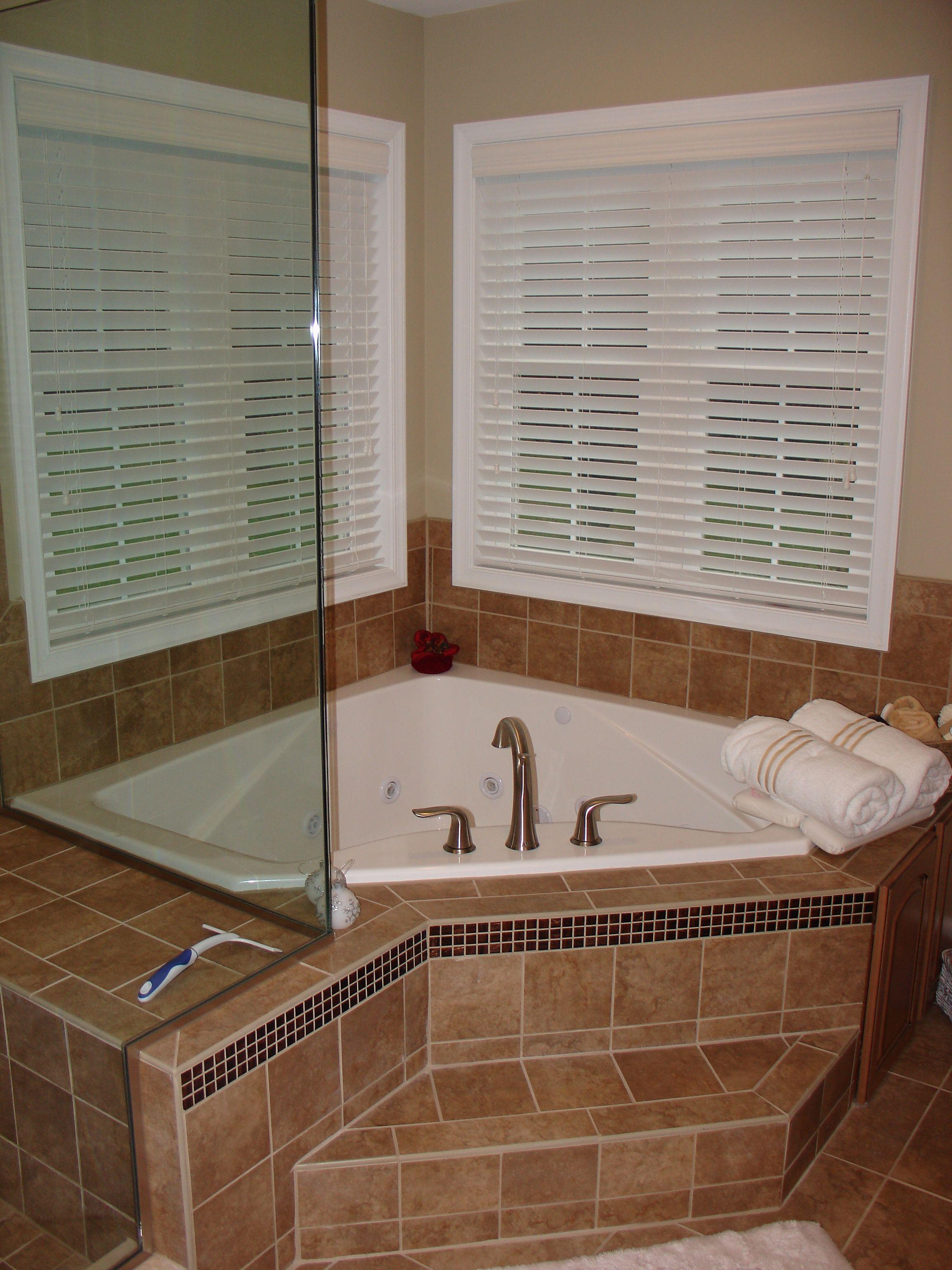 Corner Jetted Tub Corner Tub Shower Bathrooms Remodel Bathroom Remodel Master