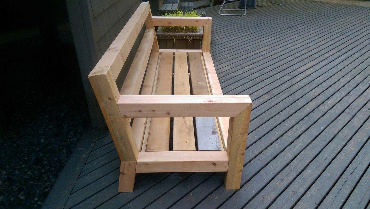 Diy Budget Loungebank : Rustic outdoor patio table design ideas on a budget