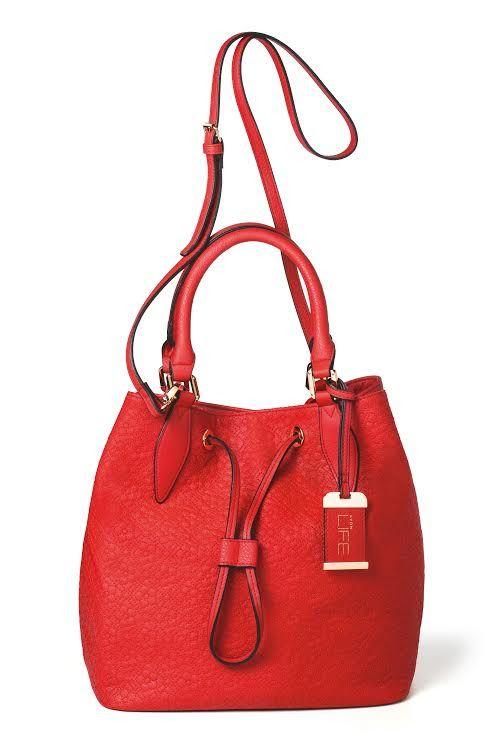 26db38ef4 Conheça as fragrâncias Avon LIFE | Bolsas | Avon, Bags e Bucket Bag