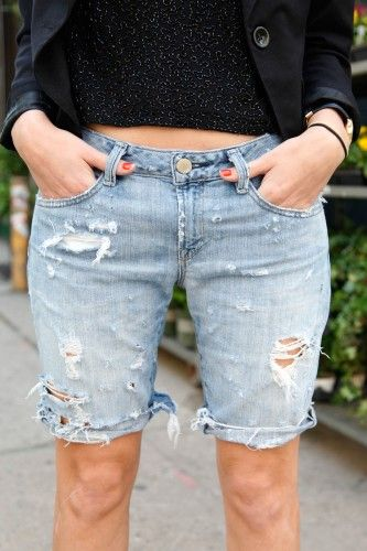 71c46edc8a DIY - super distressed cut-off shorts ... even how to make the holes look