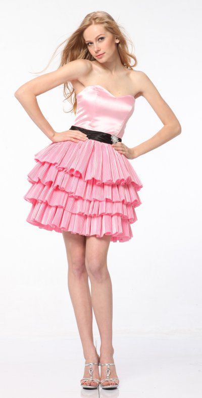 Love the tiered skirt ♥ | A Girls' Life♡ | Pinterest | Sexy ...
